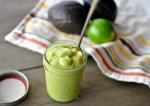 creamy-avocado-dressing-via-www_simplyscratch_com_-620x414