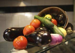 fruits-1706999__340