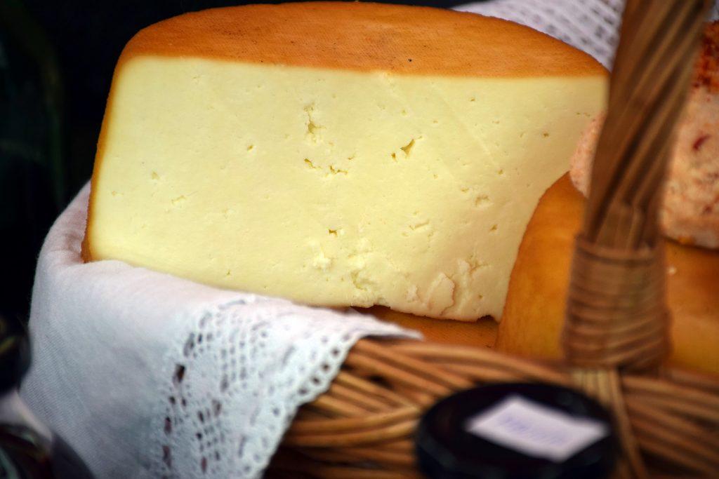 cheese-1163161_1920